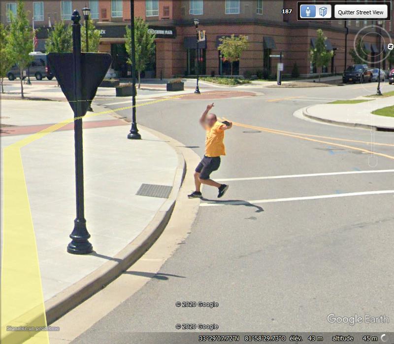 STREET VIEW : un coucou à la Google car  - Page 52 Zzz1109