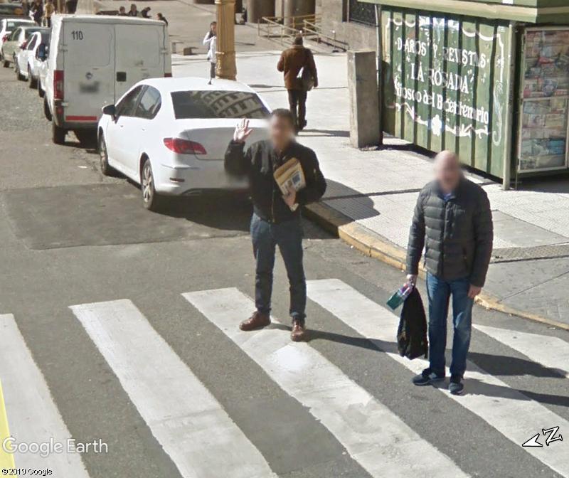 STREET VIEW : un coucou à la Google car  - Page 48 Zzz117
