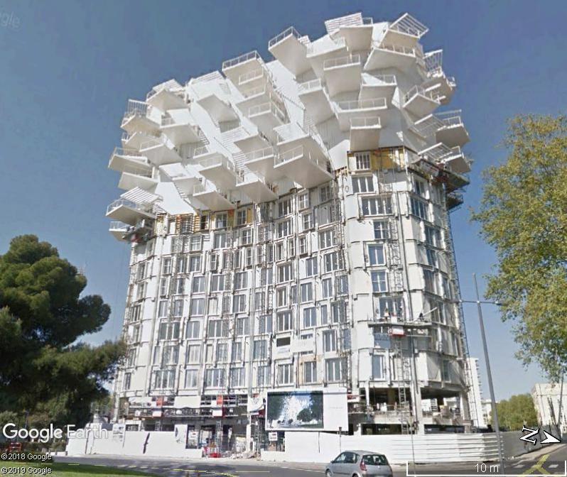 """(Bientôt visible sur G.E.) L'immeuble """"L'arbre Blanc' à Montpellier Zzz148"""