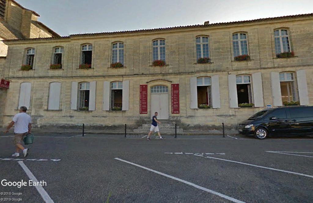 """Les """"Maison du Vin"""" en Gironde. Zzz244"""