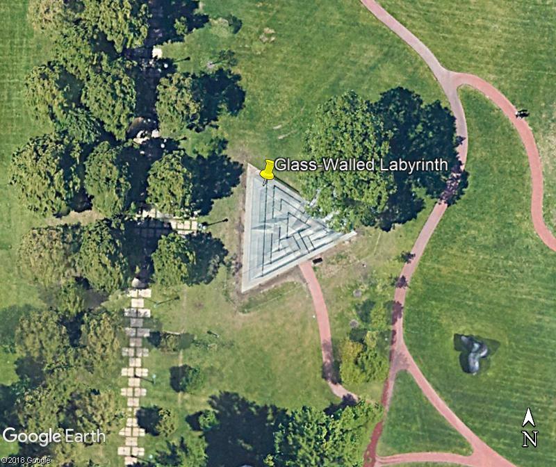 Les labyrinthes découverts dans Google Earth - Page 22 Zzz245