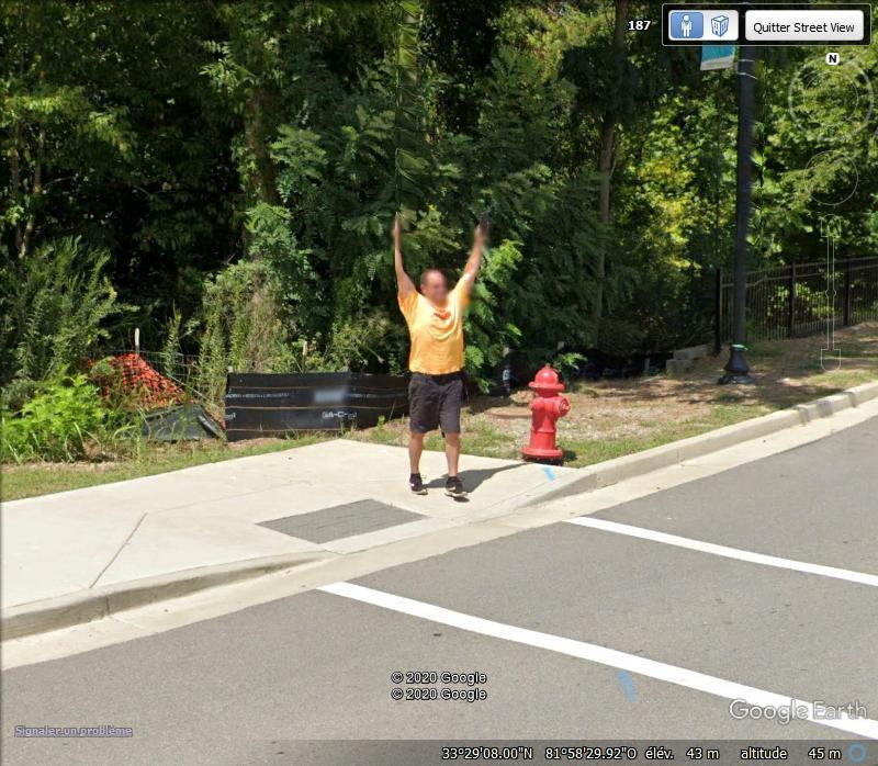 STREET VIEW : un coucou à la Google car  - Page 52 Zzz283