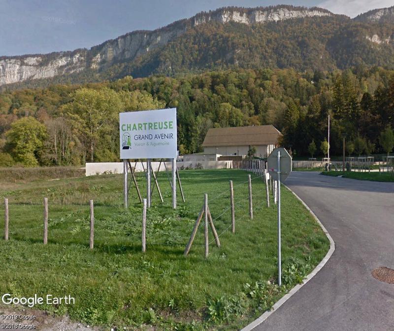 [Bientôt visible sur Google Earth] Nouvelle distillerie de chartreuse, Entre-deux-Guiers, Isère Zzz311