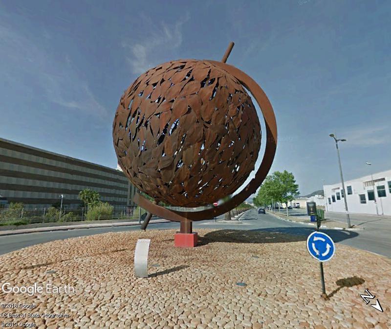 Globes terrestres visibles depuis les cieux - Page 4 Zzz58
