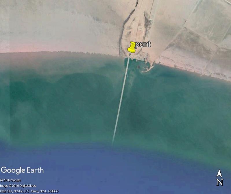 (Bientôt visible sur GE) Un pont sur la mer, de 36 km, à Koweït City. Zzzz210