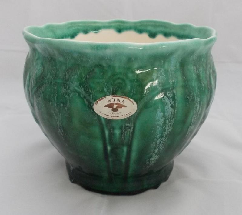 Big Aquila planter pots for gallery. Dscn5615