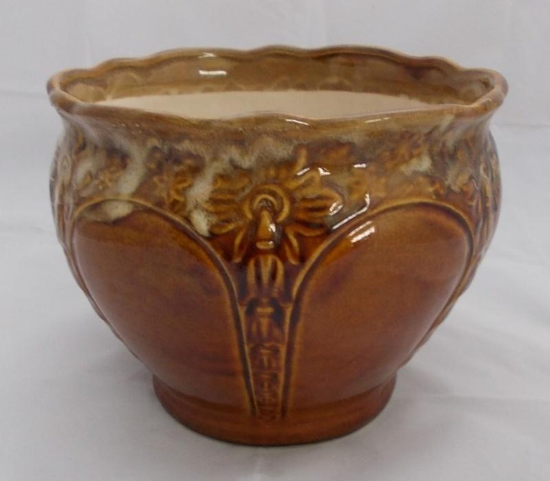 Big Aquila planter pots for gallery. Dscn5616