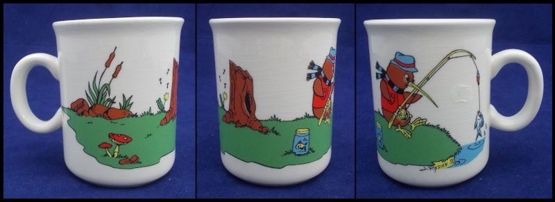 Kiwi Sports Mug Cricket d 84435 and Rugby d84434 Dscn5740