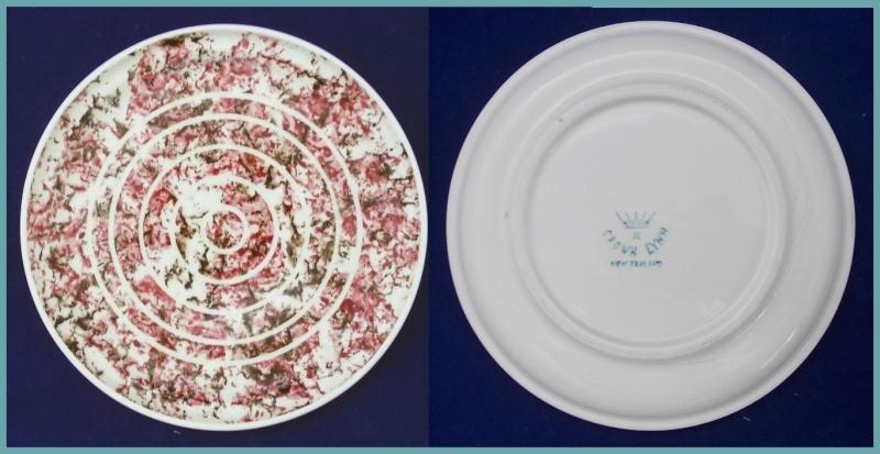 Looking for Hand potted Salisbury - Royal Oak Potteries info. Dscn6025