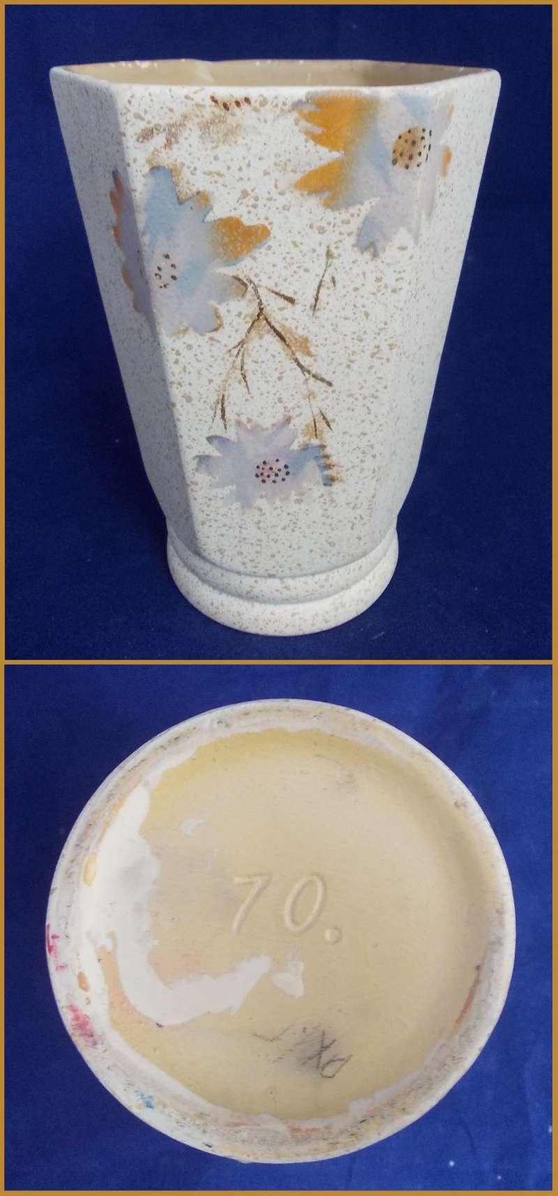 A Crown Lynn 70. vase for gallery. Dscn6214