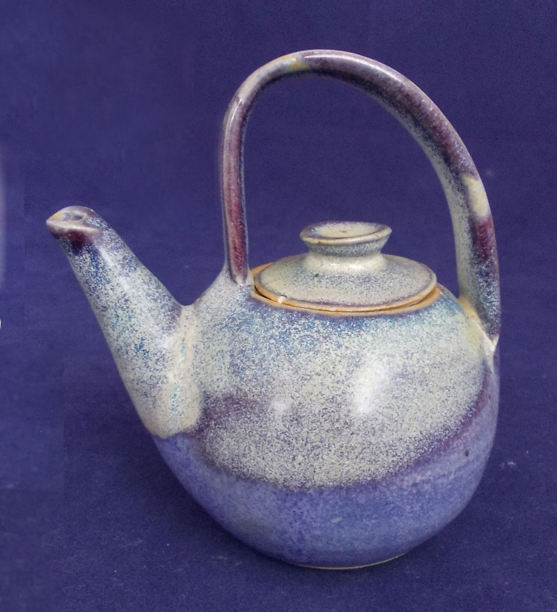 Is this NZ Pottery a mini 10.8 cm teapot. Dscn6220