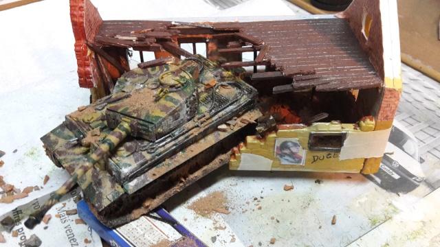 PzKpfw VI  Tigre I Ausf E (1/72 - Revell ) - Page 4 20150312