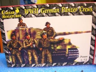 PzKpfw VI  Tigre I Ausf E (1/72 - Revell ) - Page 3 Dscn3516