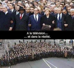 """Popularité : Hollande gagne 21 points au grattage de """"Charlie Hebdo"""" ? La farce continue  Vip_le10"""