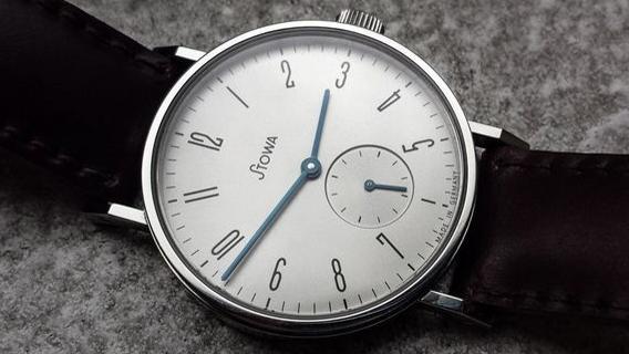 stowa - [REVUE] Stowa Antea Small Second : l'horlogerie à l'heure du Bauhaus 2707e410