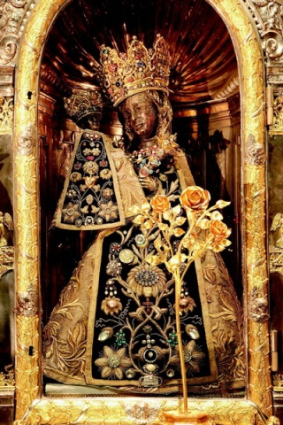 anna -  Santa Anna Triple  / Sagrada Familia K1600_11