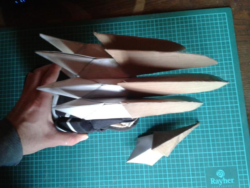création : l'armure de l'Empereur en taille réelle - Page 4 2011-036