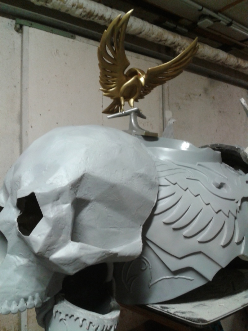 création : l'armure de l'Empereur en taille réelle - Page 4 2011-042