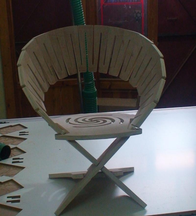 """chaise """"design"""" en CP Dsc00011"""