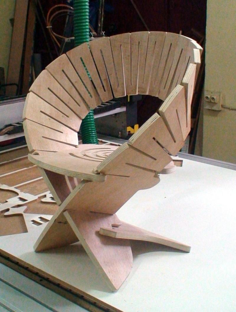 """chaise """"design"""" en CP Dsc00013"""