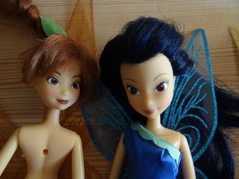 Les poupées classiques du Disney Store et des Parcs - Page 2 Dsc08724