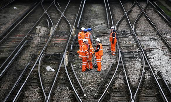 THE RAILWAY WORKER . COM