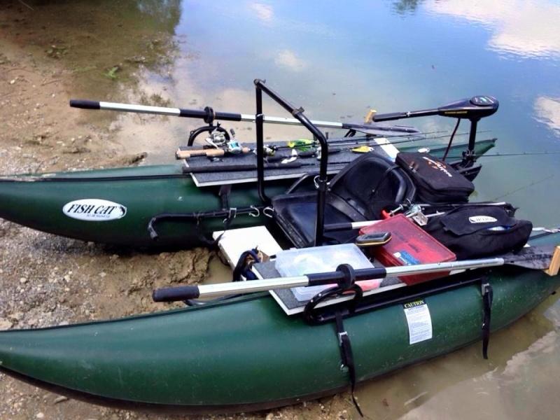 pontoon boat Pontoo10
