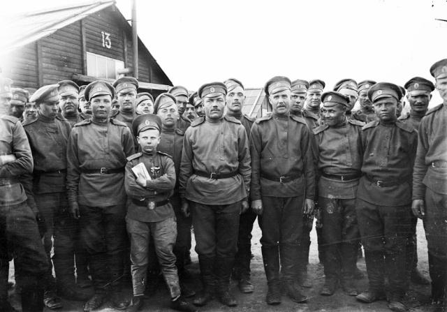 Les enfants dans l'armée. Brigad10