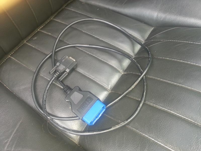 """prises """"volantes"""" sous siège passager! 20130713"""