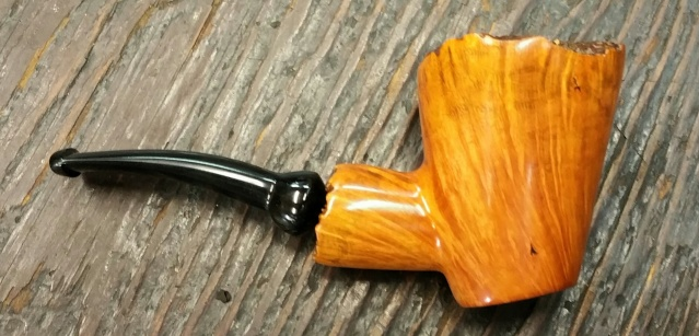 Freehand cherrywood sitter 2015-010