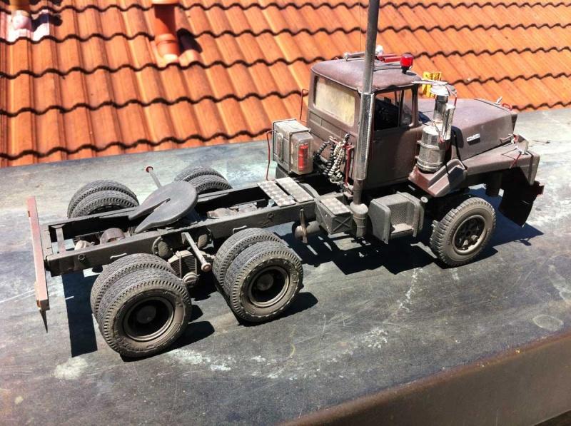 Mack DM 800 AMT/Ertl  Ausführung Costa Rica mit Trailer 1:24 / 25 Mack8014