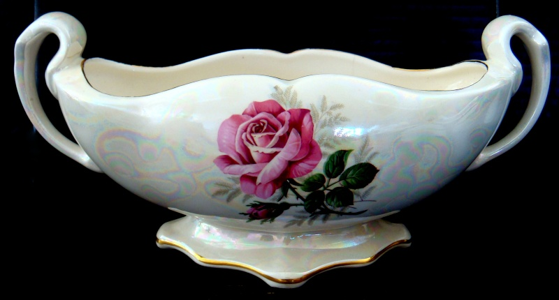 PB 100 in gorgeous lustre with rose transfer Dsc06427