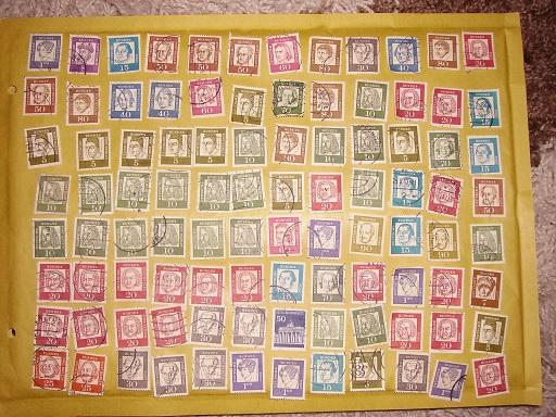 Zahlreiche Briefmarken + Ersttagsbriefe Pict0415