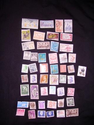 Zahlreiche Briefmarken + Ersttagsbriefe Pict0527