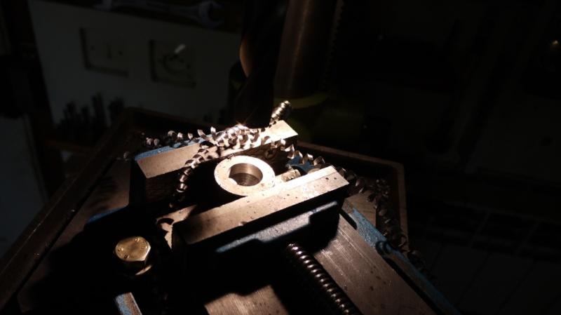 Modification tronçonneuse à métaux. P1020225