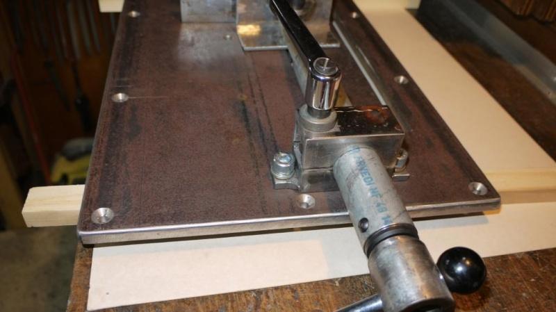 Modification tronçonneuse à métaux. - Page 2 P1040130