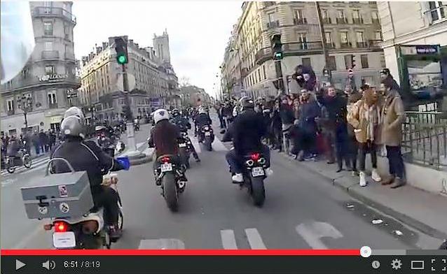 Interdiction de circulation des motos agées dans Paris 1210