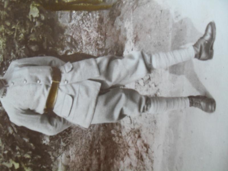 A quel pays appartient cette tenue ?  Sdc17311