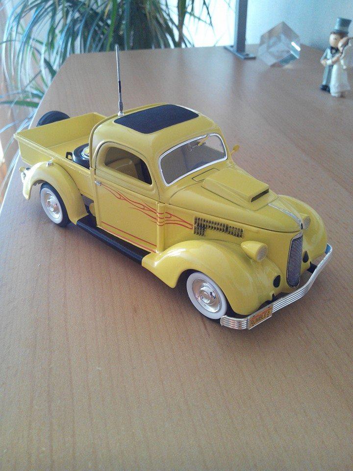 pickup 1936.kit revell 1/25 10394110