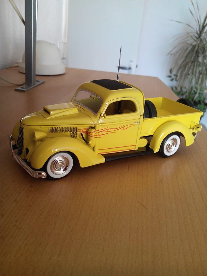 pickup 1936.kit revell 1/25 10422410