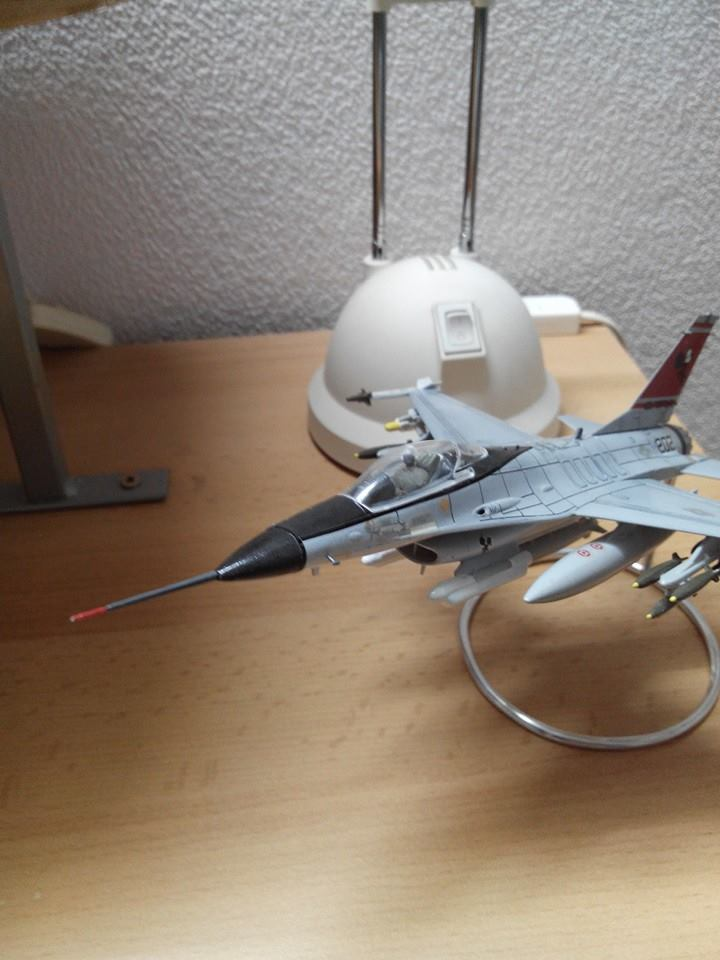 F16.revell 1/72. 17956810