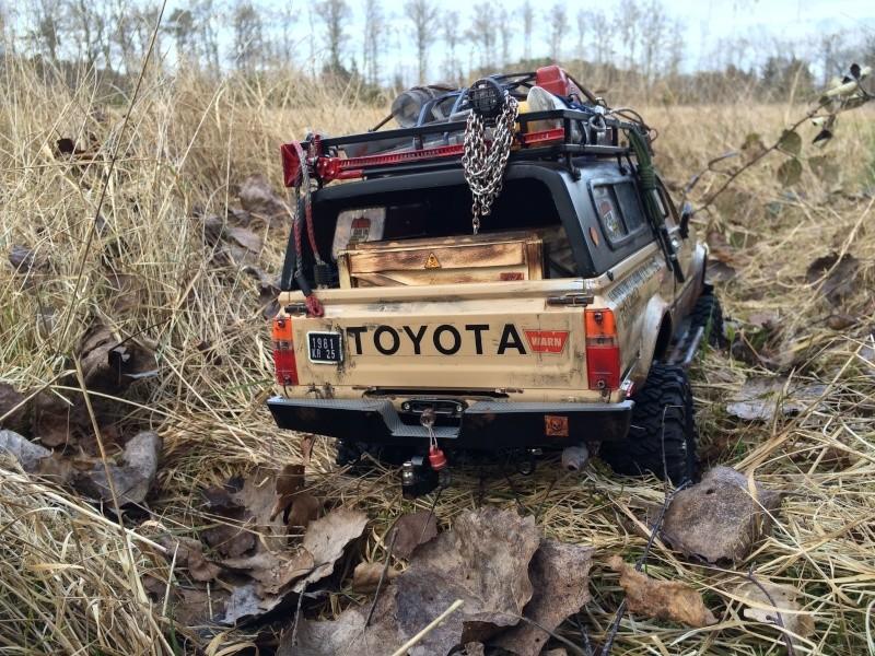 [Rafale-57] Toyota Hilux scale Img_3911