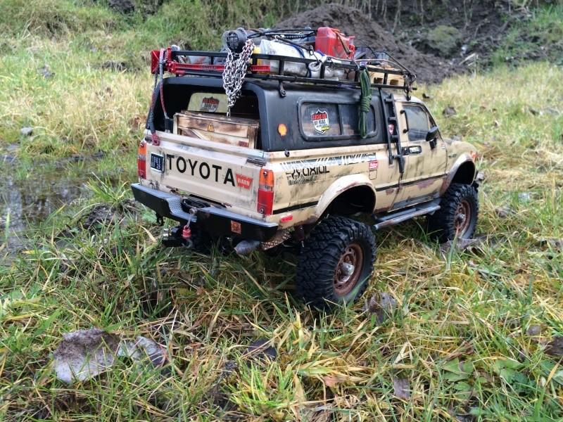 [Rafale-57] Toyota Hilux scale Img_3912