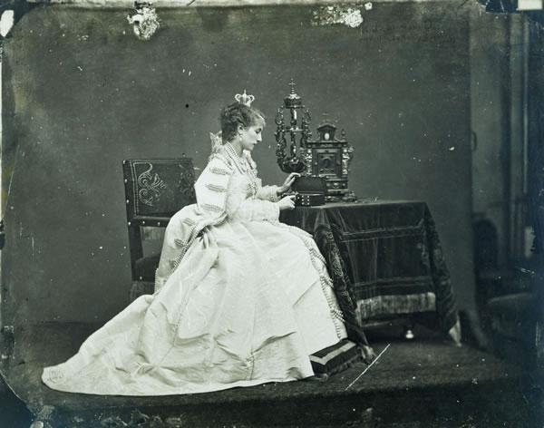 Sarah Bernhardt en Marie-Antoinette Viewmu10