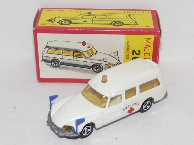 N°206 CITROËN DS AMBULANCE  206_ci11