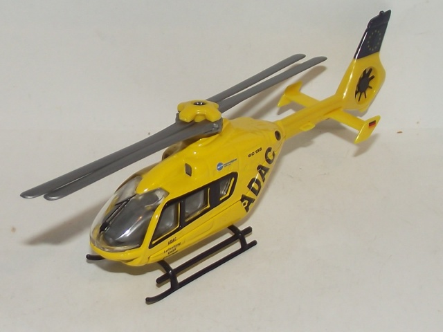 les hélicoptères toutes échelles  21356518