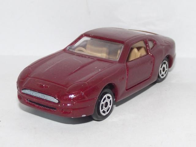 N°229 Aston Martin DB7 229_as10
