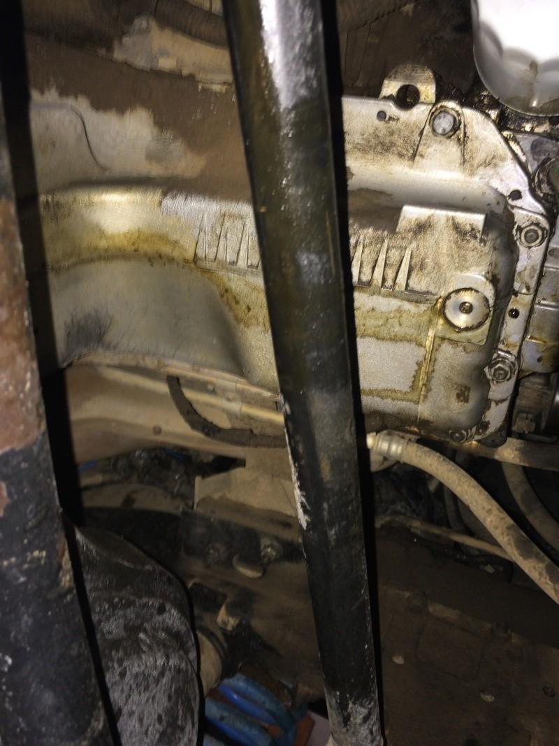 fuite d'huile...remplacement joint d'étanchéité - Couvercle avant (chaîne de distribution) V8 4.6 à partir AM99 Img_7510