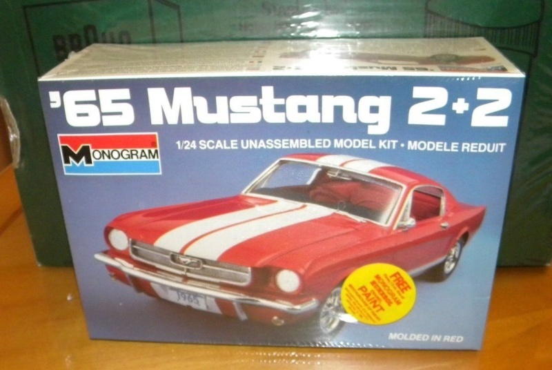 Revell of Germany 1965 Mustang 2+2 1/24 _5712
