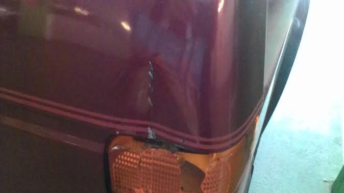 grosse mésaventure a ma voiture chez le mecano Acc_110